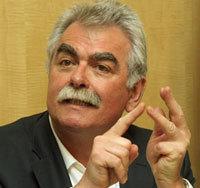 André Chassaigne dépose une proposition de loi  pour encadrer les prix alimentaires dans ECONOMIE Andre-Chassaigne-4