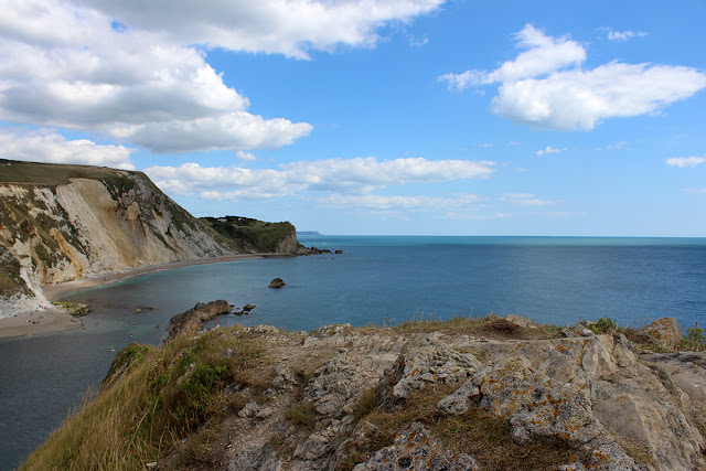 lulworth-cove-seaview-blue-sea-above-the-sea-todaymywayblog