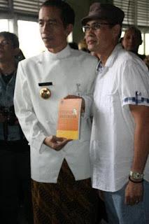 Satu Hijriah Bersama Jokowi & Satpam Minang