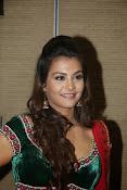 Naziya hussain latest glamorous photos-thumbnail-12