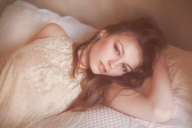 photographie vivienne mok lingerie felice art couture femme brune sexy