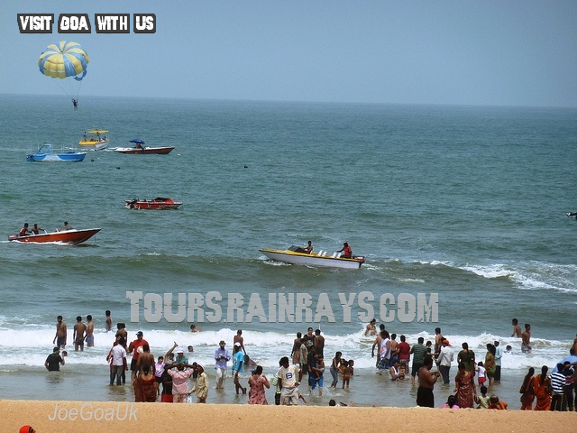 Calangute Beach Tourist Goa India. Cheap and best tour in india.Holiday packege