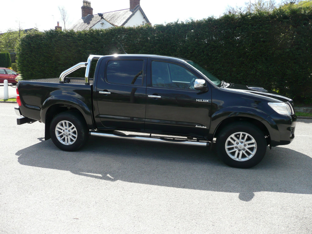Some changes accepted in New Model 2014 Toyota Hilux are as follows: