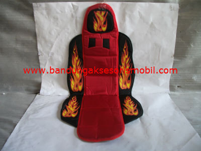 Sandaran Jok Medium Fire (Merah/Hitam)