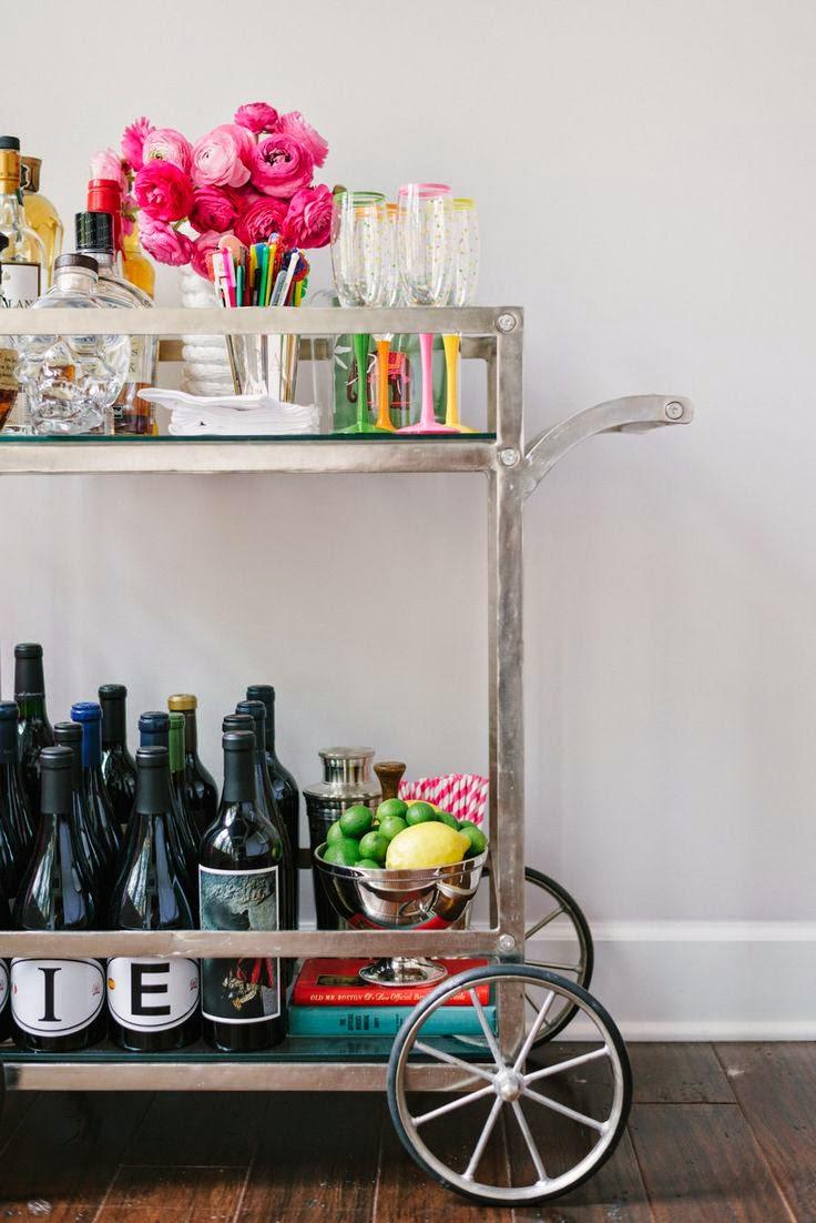 oficina chic decor chic mini bar. Black Bedroom Furniture Sets. Home Design Ideas
