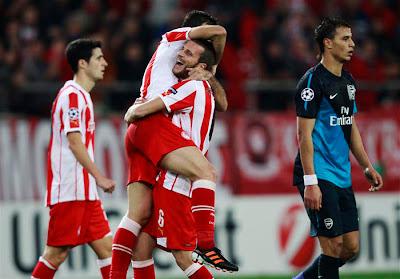 Olympiakos Piraeus 3 - 1 Arsenal (1)
