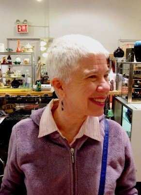 Idiosyncratic Fashionistas: Short and Sweet (The Old Gray Hair She Ain ...