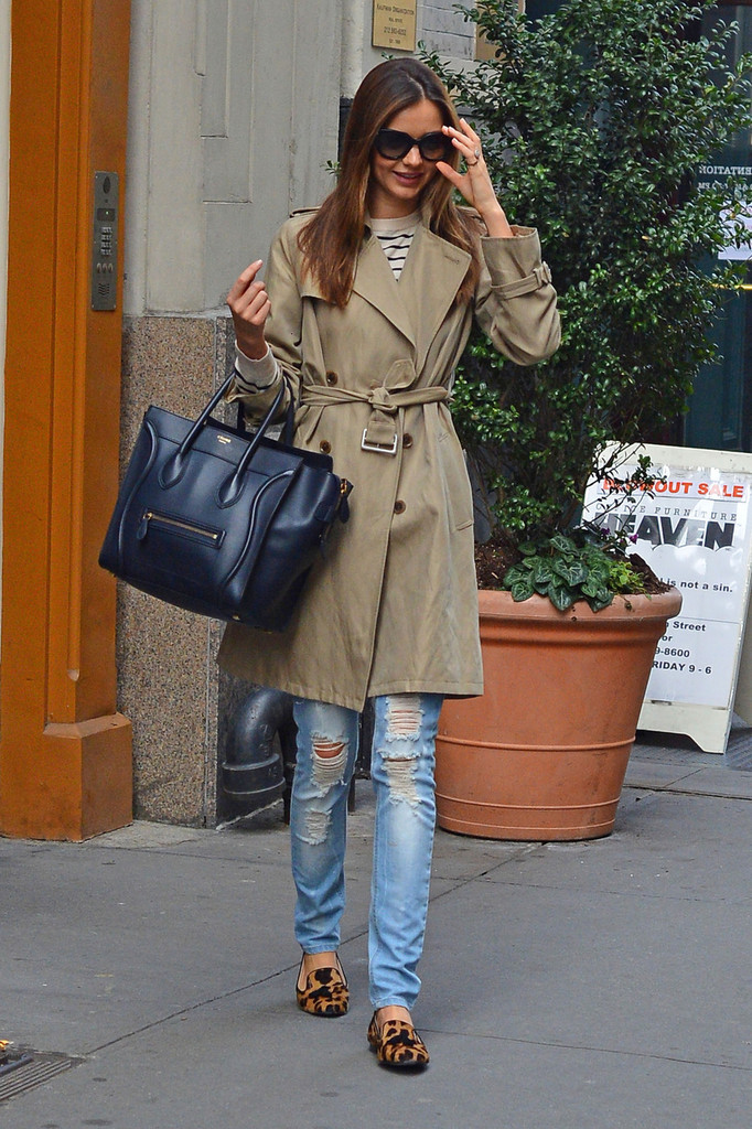 7b730859e6d Miranda Kerr Wears a Classic Beige Trench Coat in NYC - The Front ...