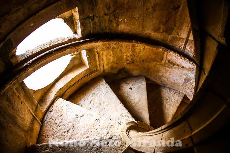 """alt=""""Escadas, stairways, Convento de Cristo, Tomar"""""""