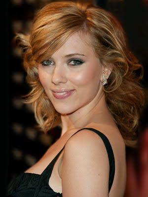 Scarlett Johansson Moves
