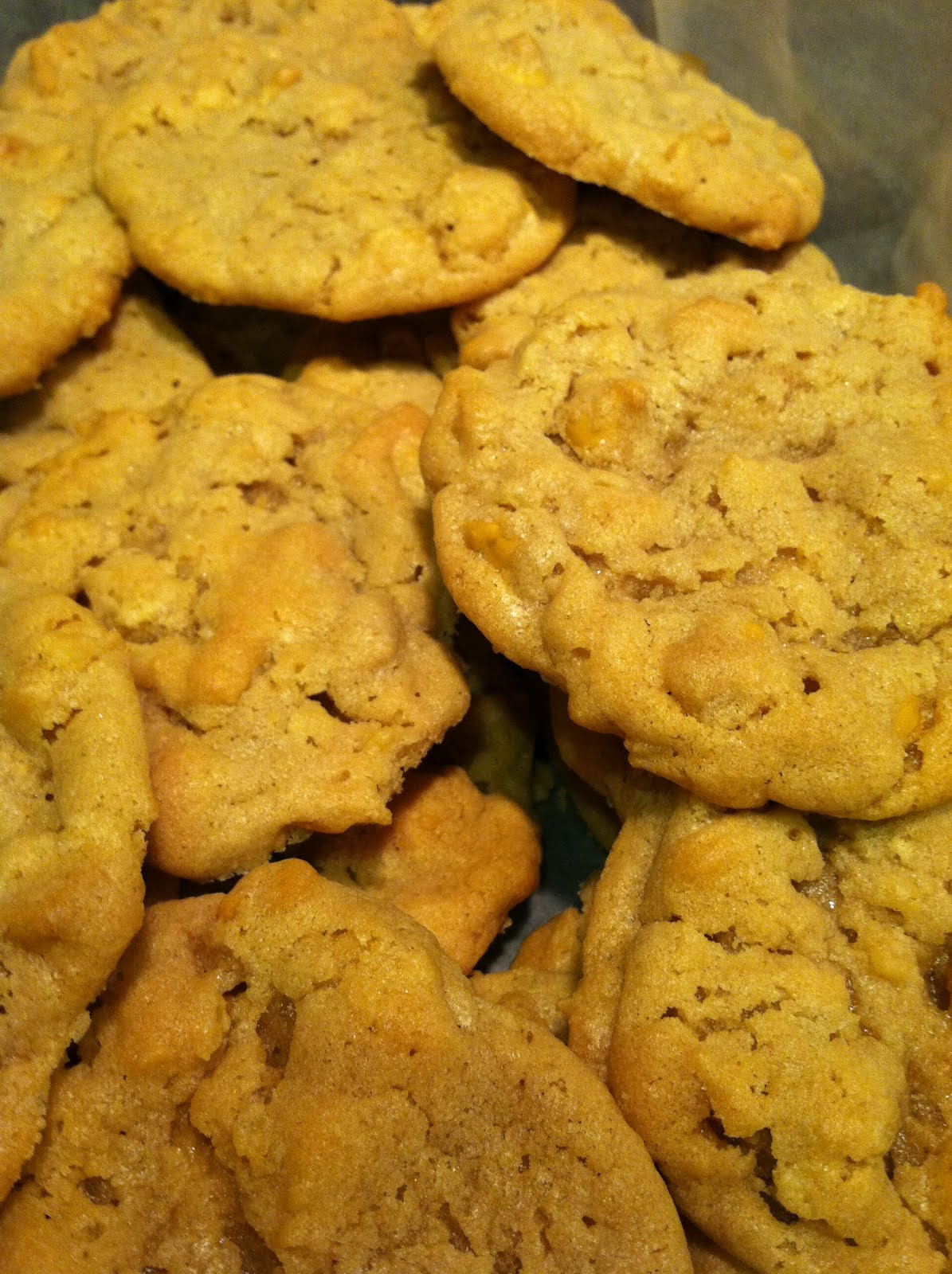 potato chip cookies with butterscotch chips