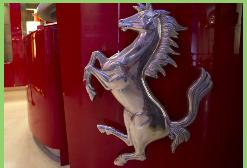 Fiat Chrysler planea venta de Ferrari para captar US$ 4.700 millones y reducir su deuda