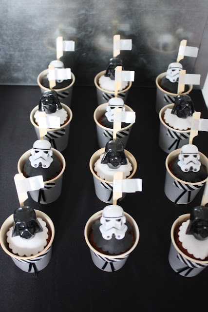 das kleine weisse haus star wars birthday party. Black Bedroom Furniture Sets. Home Design Ideas