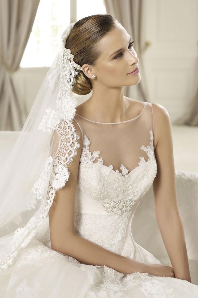 Maryhelens Blog Greek Goddess Vneckline Wedding Dress Royal Style