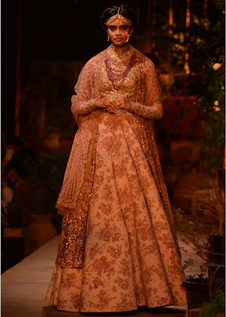 Sabyasachi Collection at PCJ Delhi Couture Week 2013 ... Sabyasachi Bridal Collection 2014