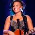 Assista ao clipe de 'Nightingale' da Demi Lovato