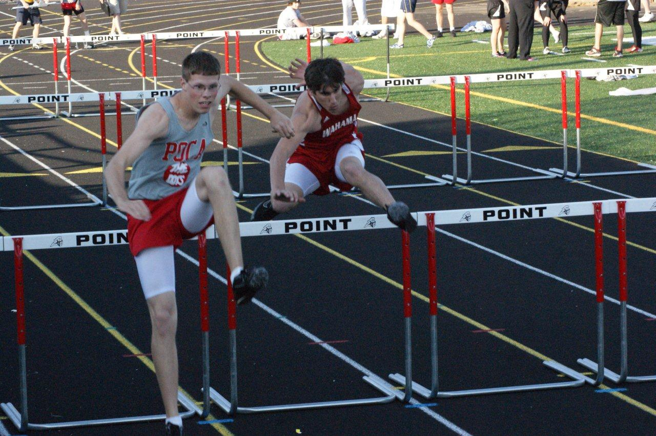 110 meter hurdle trtaining program High hurdle training for track and field hurdle 3 feet closer to #1 and set #5 hurdle 8 ft closer to #1 12 meter drill over 4-6 10 x 110 on straight.