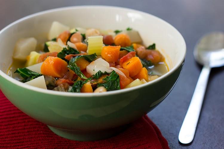 Healthy Skinny Detox Soup