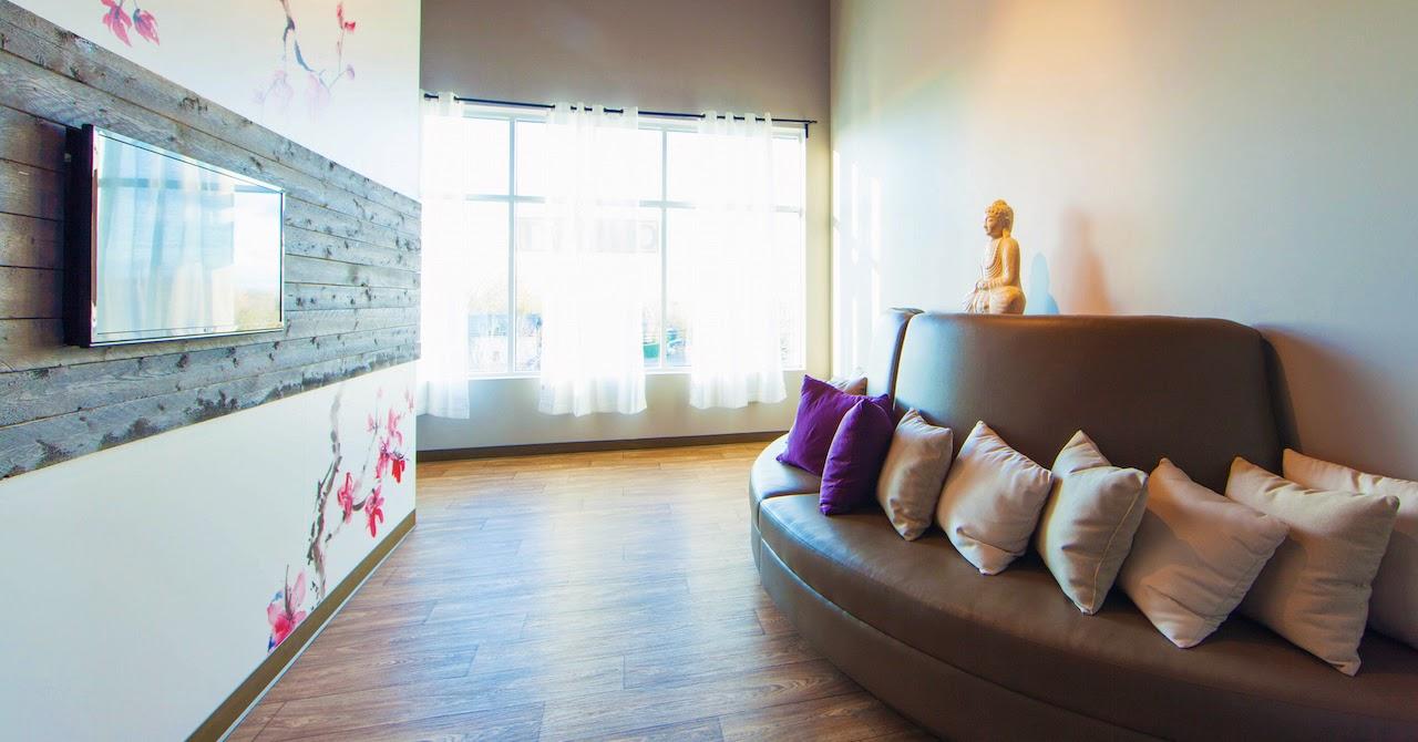 L'aire de détente du centre de yoga PurEquilibre