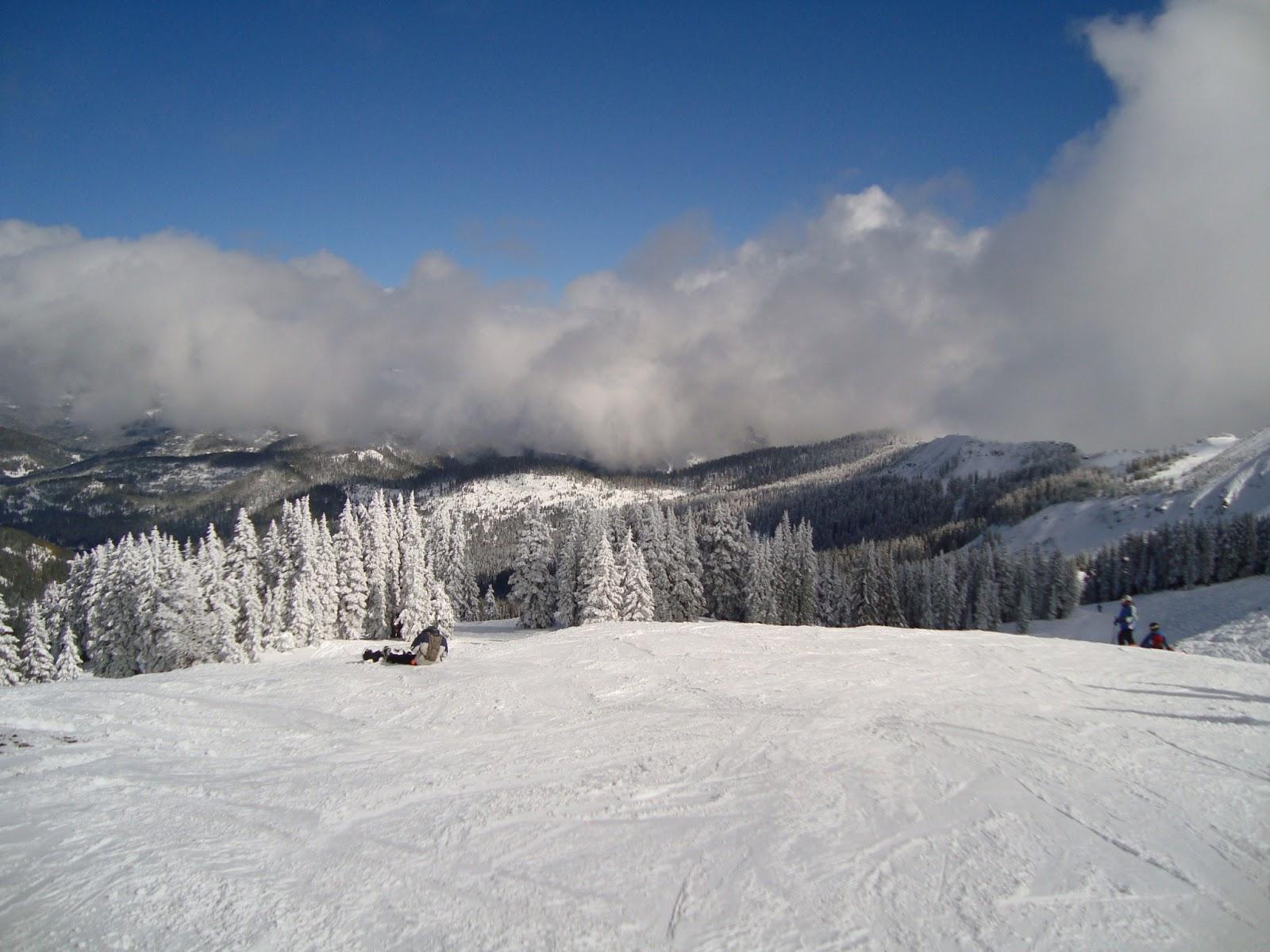 ski in santa fe, new mexico by zubi travel