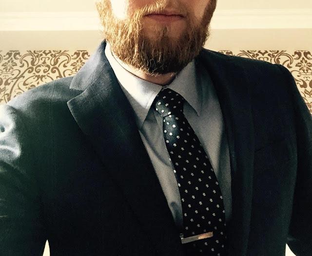 Indochino Review of the Luxury Indigo Herringbone Windowpane Suit (Fall 2014)