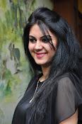 kamna jetmalani new glam pics-thumbnail-14