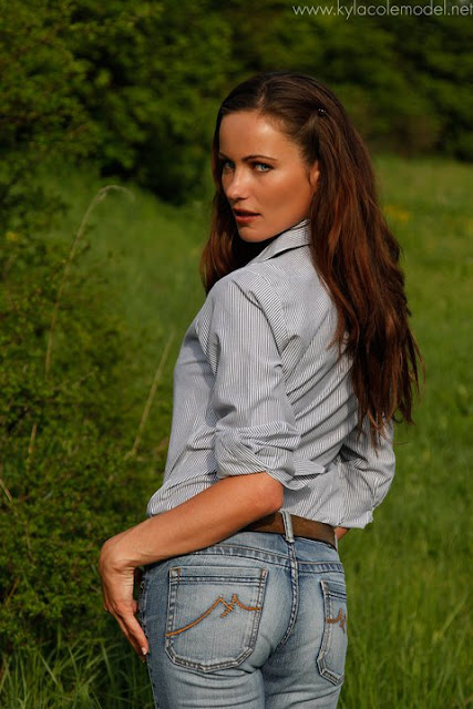 Kyla Cole in Jeans