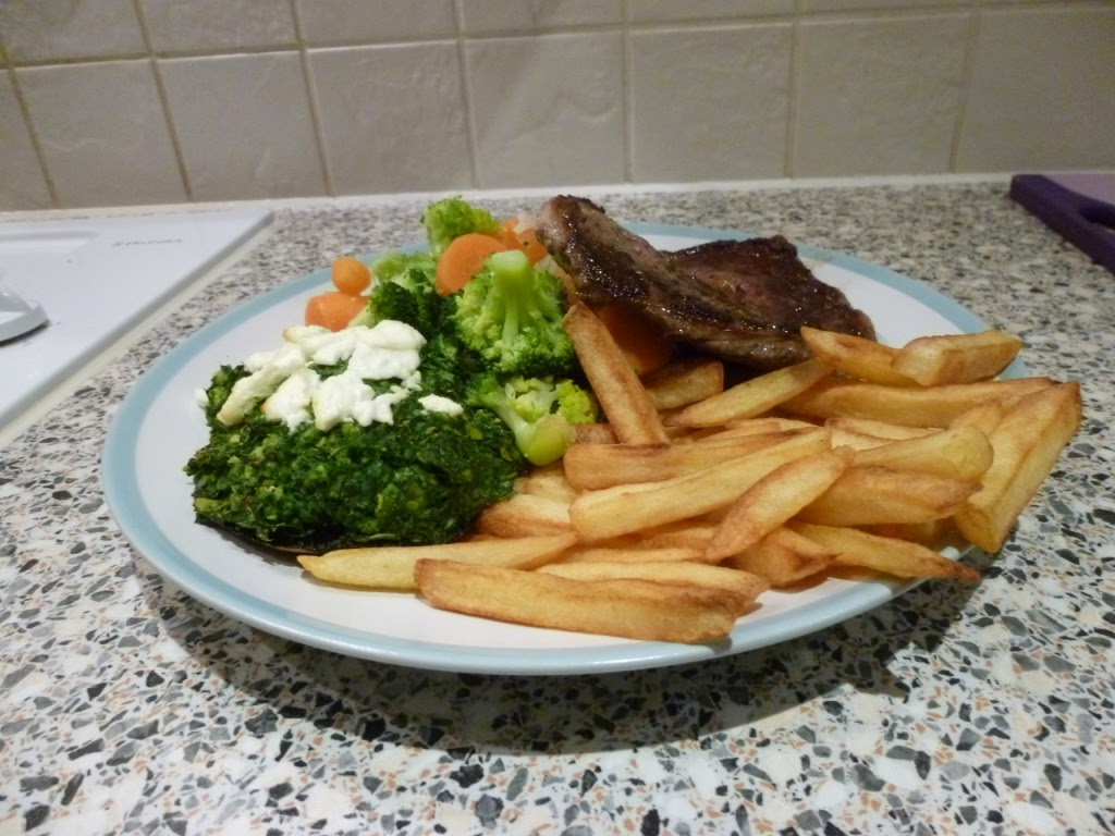 Lots of chips for Chip Week. And some tasty veg. And oh look, a rib eye steak is on the plate too