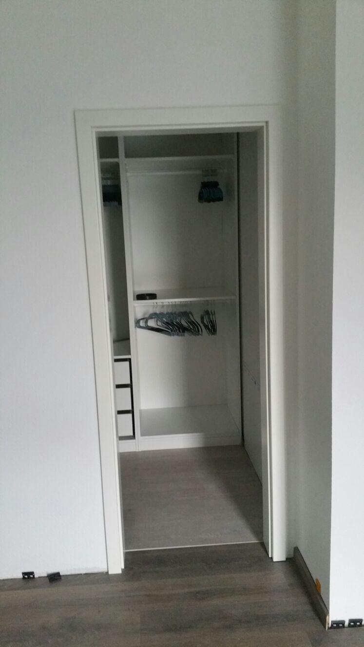 bauen auf dem buckel die t ren sind drin. Black Bedroom Furniture Sets. Home Design Ideas