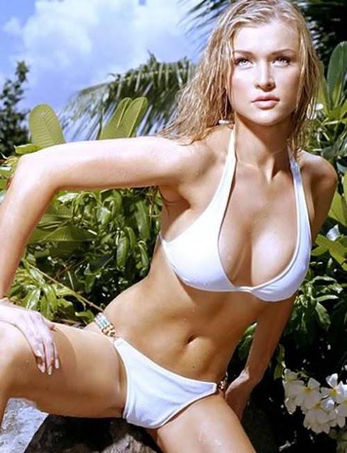 Foto Model Hot Joanna Krupa