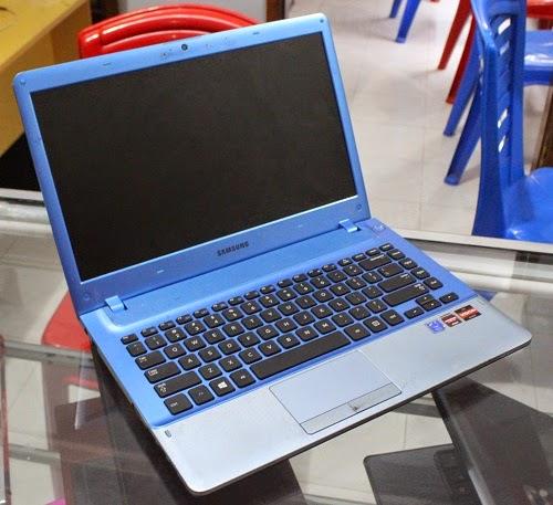 Laptop 2nd Samsung NP355V4X A02ID