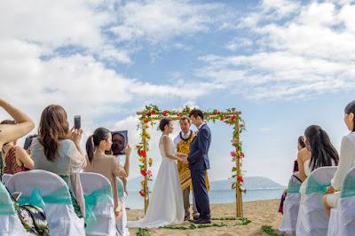 Deluxe Wedding