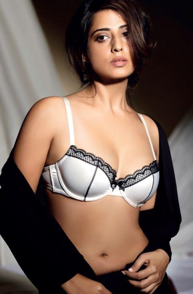 Mahi Gill Sexy