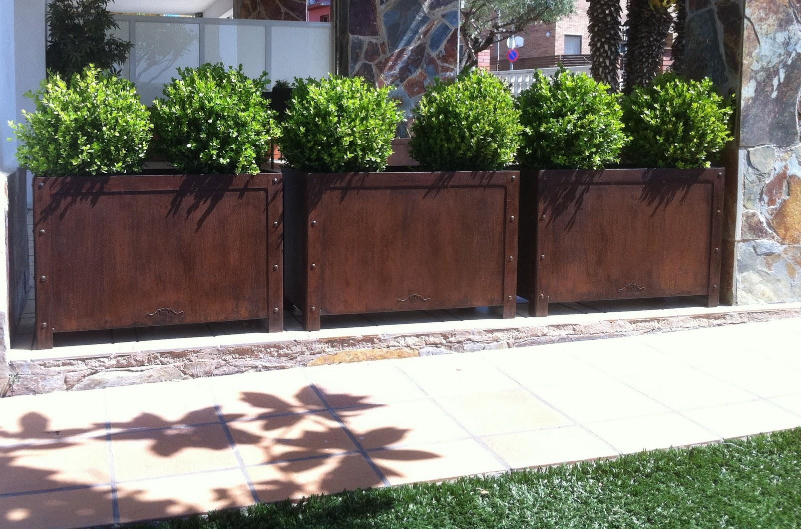 Tocaferro by jl padial jardineras de acero un toque - Jardineras de exterior ...