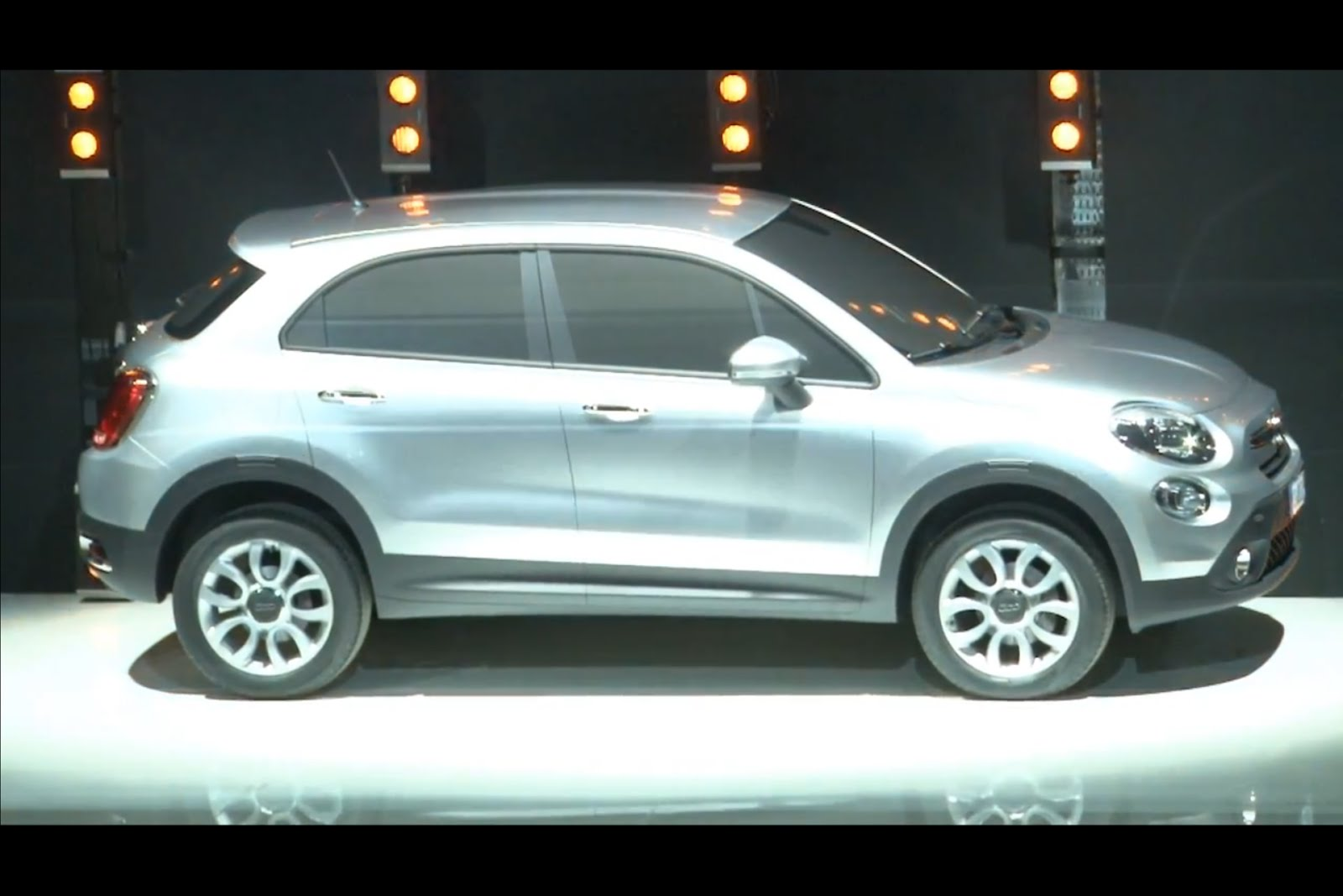 modified cars 2014 fiat 500x crossover. Black Bedroom Furniture Sets. Home Design Ideas