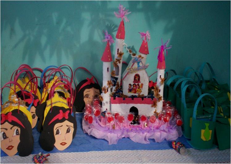 Cotillones Y Chupetero De Princesas Iglesia Y Angeles De Porcelanicron