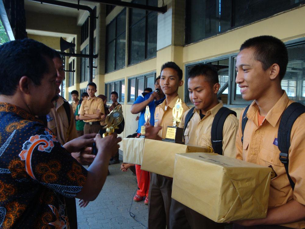 Halaman Kami Kesiswaan SMK Teknik PAL Surabaya
