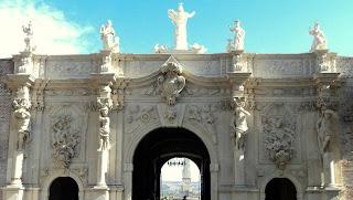 Citadel Alba Carolina (Alba Iulia) - Gate III details