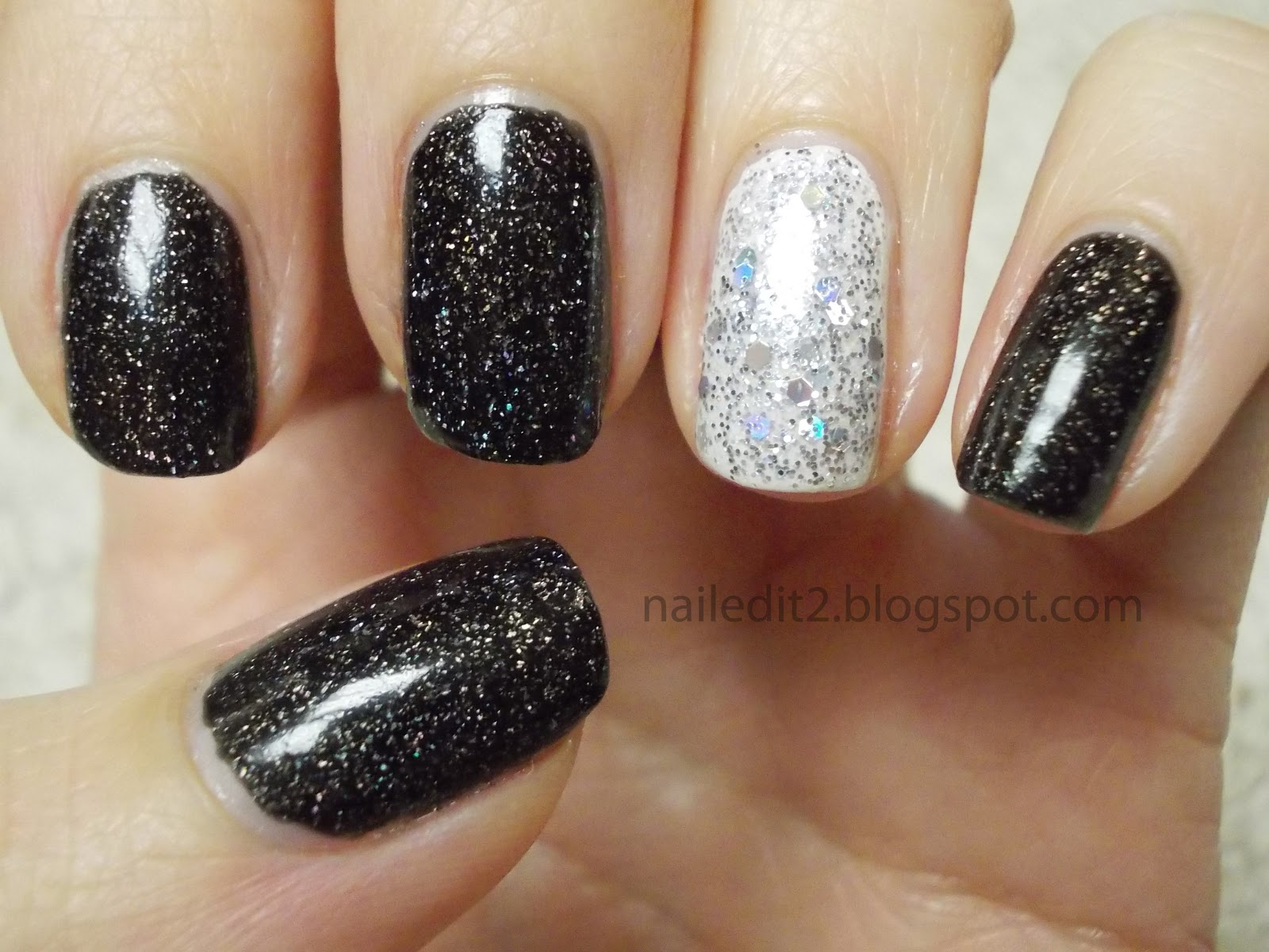 Never Gonna Give You Up: New Years Eve Nails!