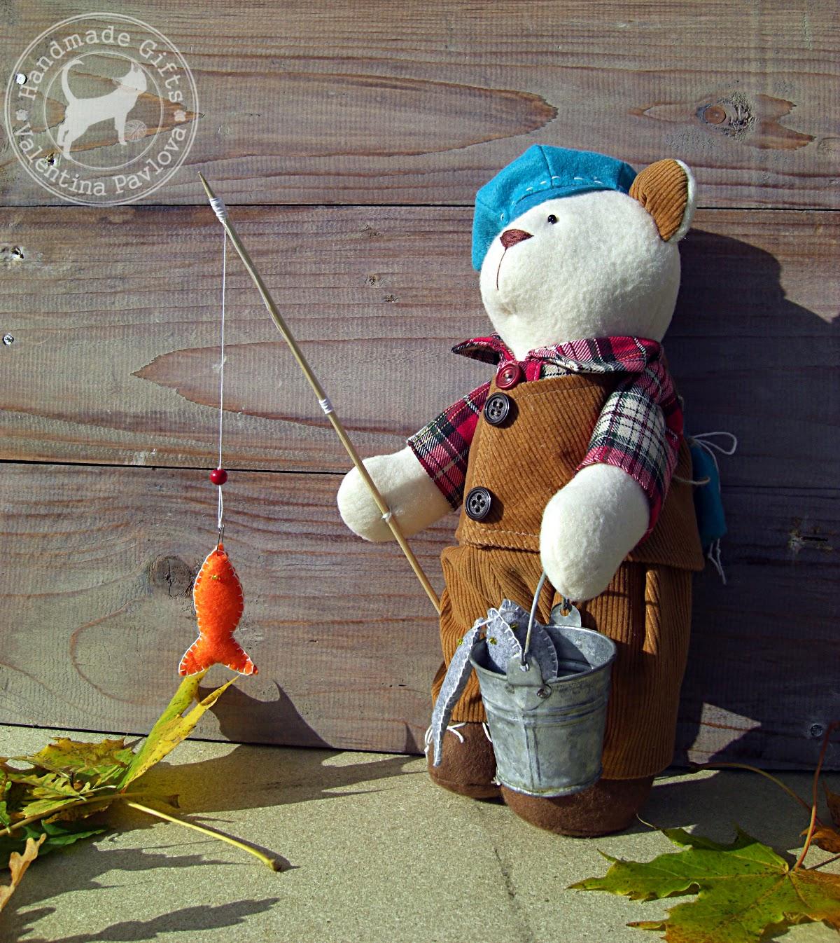 игрушка мишка рыбак