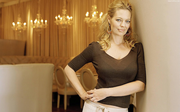 Jeri Ryan HD Wallpaper -06