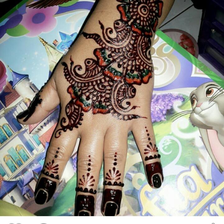 Catatan Kecil Mahendi Henna
