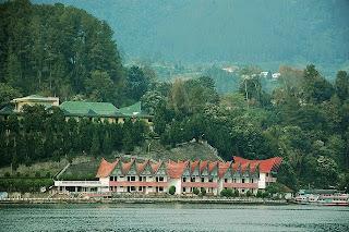 Daftar Hotel Murah Di Parapat Danau Toba