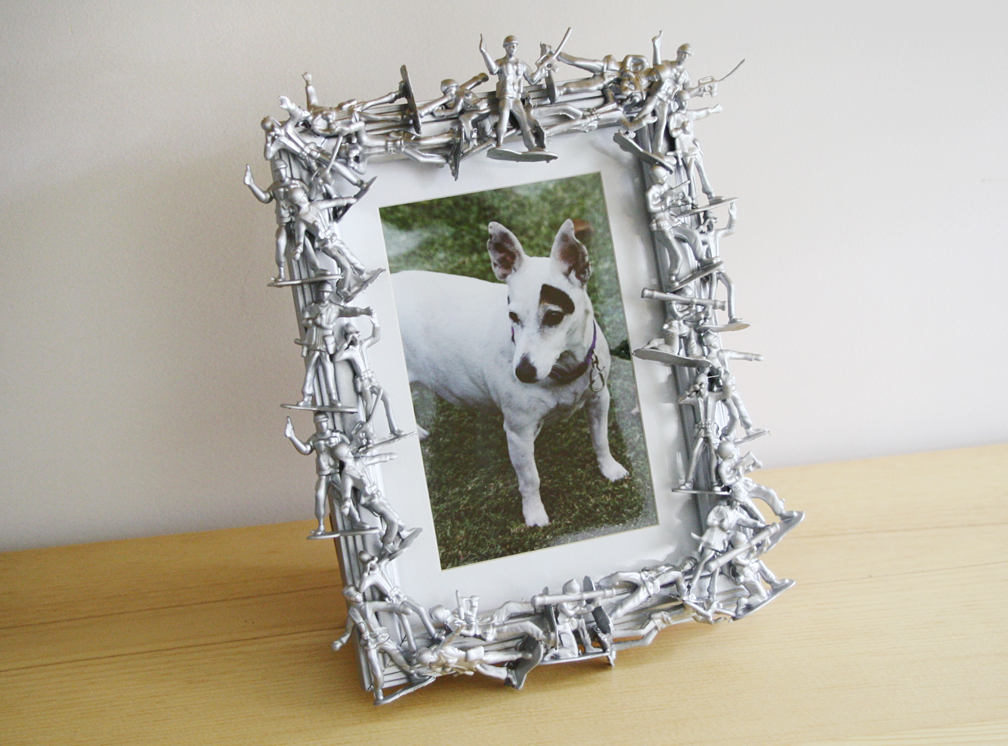Please note diy army men frame for Small diy projects for guys