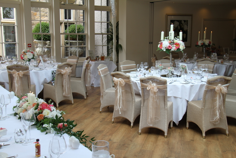 Fabulous mitton hall wedding for jennifer martin for Wedding canape alternatives