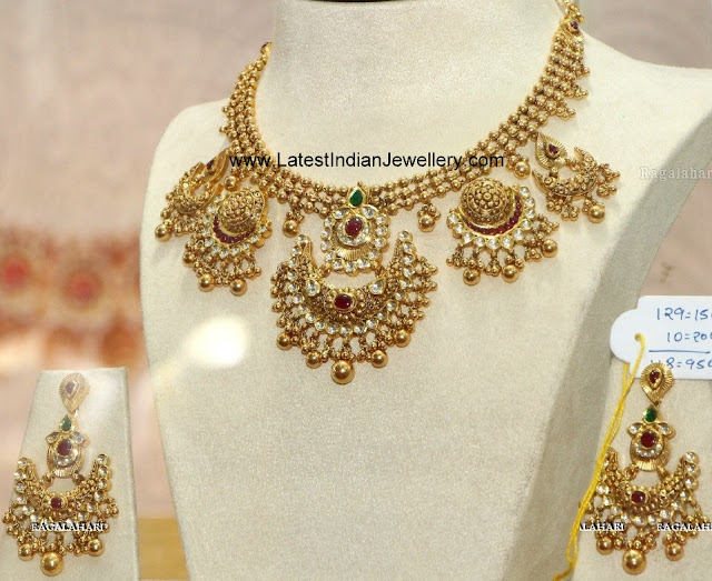 Tussi Ball Drops Gold Necklace