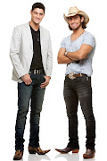 . conversou com a dupla Munhoz & Mariano, da música Camaro Amarelo.