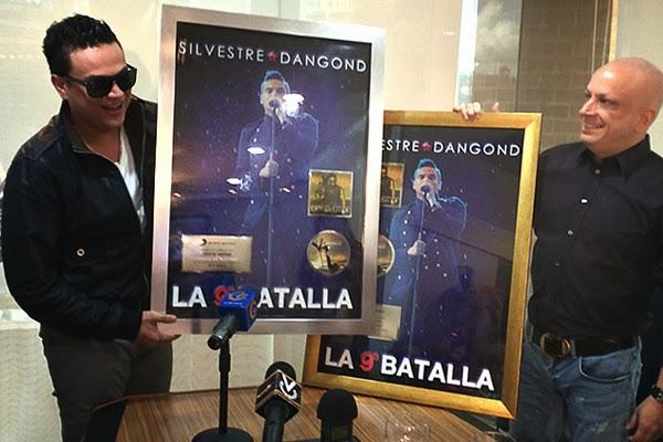 SILVESTRE-DANGOND-Disco-Platino-Venezuela-2014