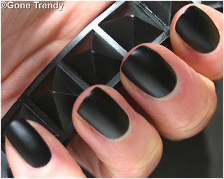 Make Matte nail polish at Home using regular polish.