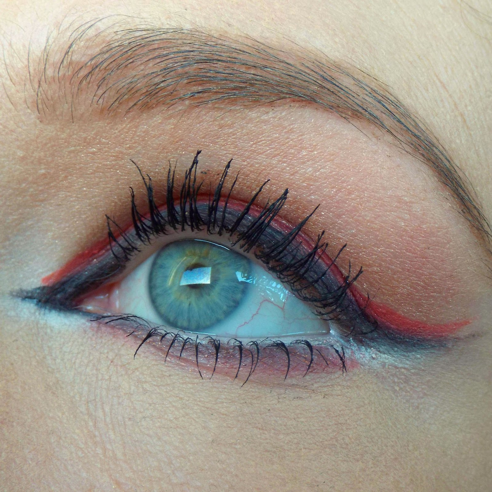 Colourful Eyeliner
